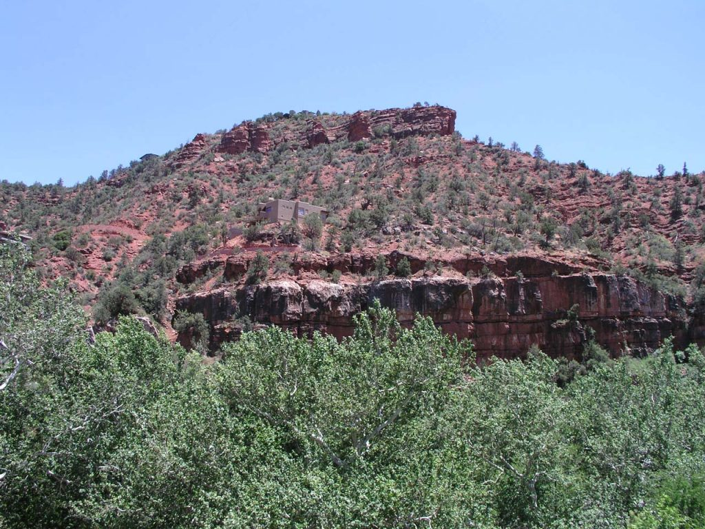 OAK CREEK CANYON WALLS