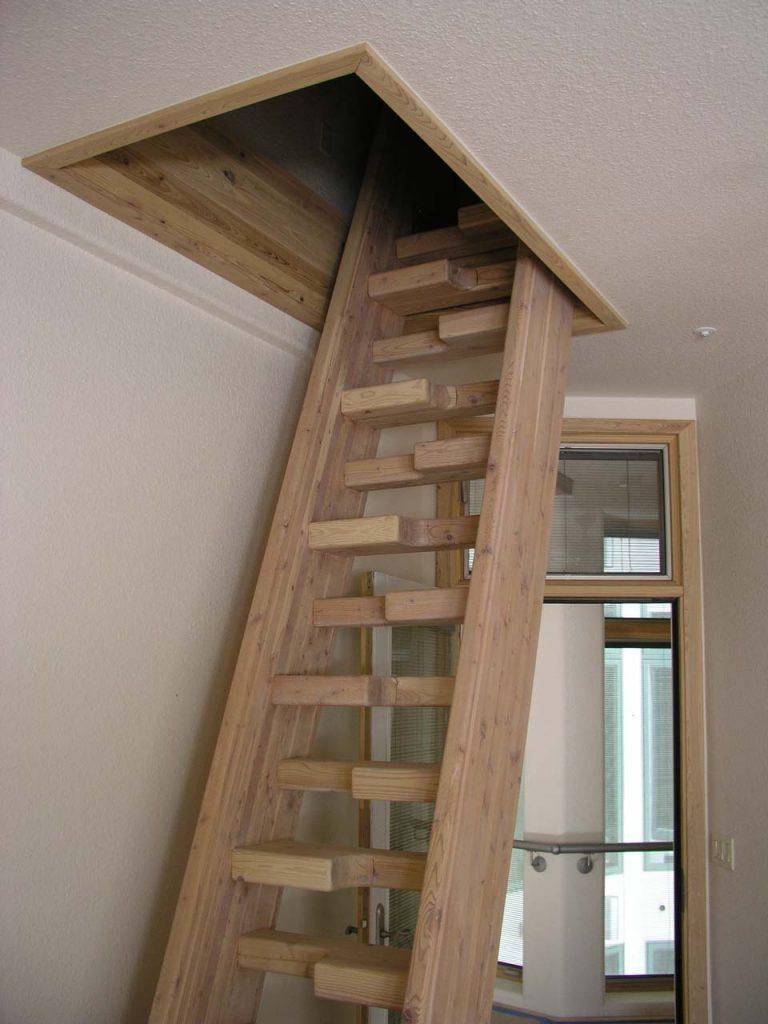 ALTERNATE BOCA CODE STAIRCASE