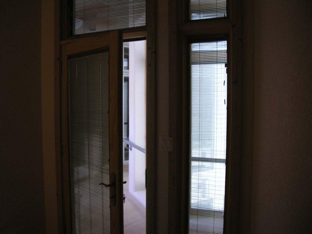 DOOR FROM LOFT TO WALKWAY